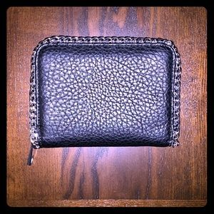 Forever 21  Chainlink Wallet